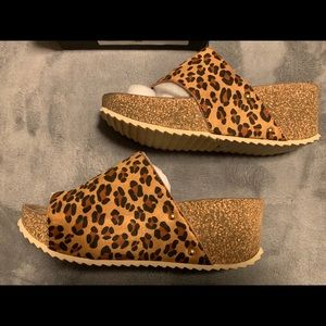 NIB Leopard Wedge sandals by corkys